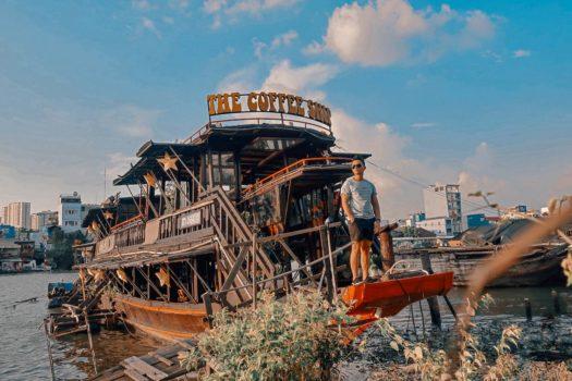 The Coffee Ship – Bồng bềnh ly cà phê ngắm hoàng hôn trên sông